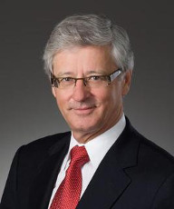 Professional photograph of Commission vice-chairperson Guy Bujold